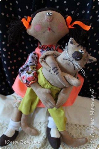 Добрый день! Представляю вам хитрого котика Барсика и его хозяйку. Сюжет Татьяны Козыревой. Хитрит Барсик, притворяется больным, стонет и мяукает... фото 13