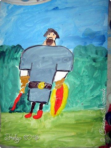 Накопилось много детских работ за разные месяцы, вот часть из них решила показать вам. Творили дети  5,5-7 лет. Первая работа собака породы хаска, рисовали соусом, сангиной, углем, мелом и белой гуашью на листе А3. фото 27