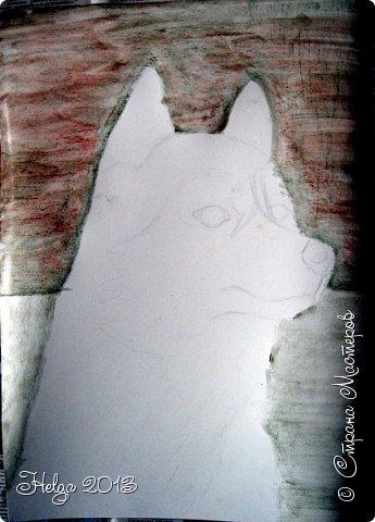 Накопилось много детских работ за разные месяцы, вот часть из них решила показать вам. Творили дети  5,5-7 лет. Первая работа собака породы хаска, рисовали соусом, сангиной, углем, мелом и белой гуашью на листе А3. фото 3