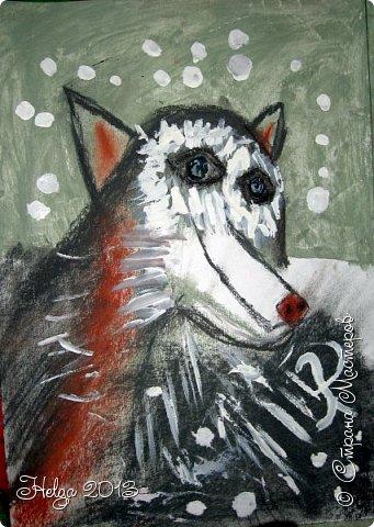 Накопилось много детских работ за разные месяцы, вот часть из них решила показать вам. Творили дети  5,5-7 лет. Первая работа собака породы хаска, рисовали соусом, сангиной, углем, мелом и белой гуашью на листе А3. фото 16