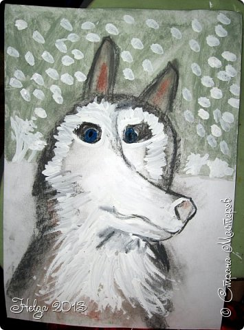 Накопилось много детских работ за разные месяцы, вот часть из них решила показать вам. Творили дети  5,5-7 лет. Первая работа собака породы хаска, рисовали соусом, сангиной, углем, мелом и белой гуашью на листе А3. фото 10