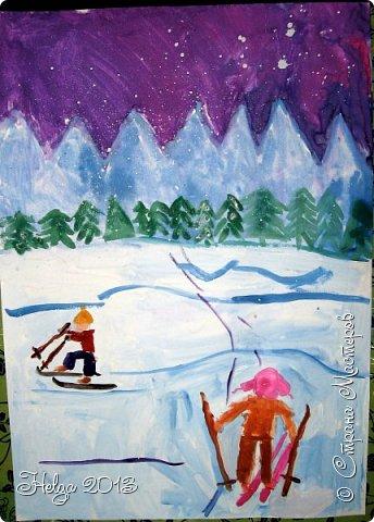 Накопилось много детских работ за разные месяцы, вот часть из них решила показать вам. Творили дети  5,5-7 лет. Первая работа собака породы хаска, рисовали соусом, сангиной, углем, мелом и белой гуашью на листе А3. фото 21