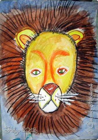 Накопилось много детских работ за разные месяцы, вот часть из них решила показать вам. Творили дети  5,5-7 лет. Первая работа собака породы хаска, рисовали соусом, сангиной, углем, мелом и белой гуашью на листе А3. фото 29