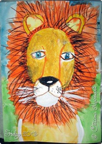 Накопилось много детских работ за разные месяцы, вот часть из них решила показать вам. Творили дети  5,5-7 лет. Первая работа собака породы хаска, рисовали соусом, сангиной, углем, мелом и белой гуашью на листе А3. фото 30