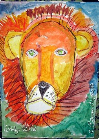 Накопилось много детских работ за разные месяцы, вот часть из них решила показать вам. Творили дети  5,5-7 лет. Первая работа собака породы хаска, рисовали соусом, сангиной, углем, мелом и белой гуашью на листе А3. фото 33