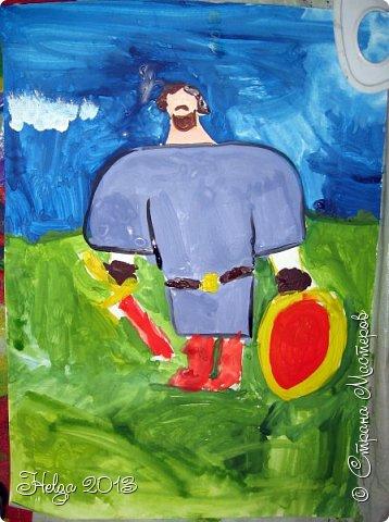 Накопилось много детских работ за разные месяцы, вот часть из них решила показать вам. Творили дети  5,5-7 лет. Первая работа собака породы хаска, рисовали соусом, сангиной, углем, мелом и белой гуашью на листе А3. фото 24