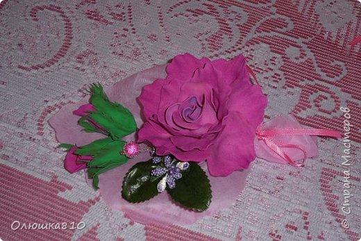 Восьмимартовские букетики роз из фома фото 12