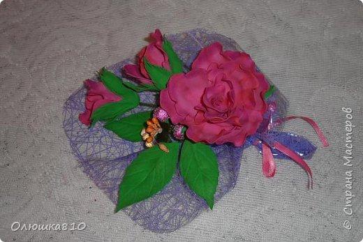 Восьмимартовские букетики роз из фома фото 4