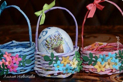Делаю такие корзинки под одно яйцо на Пасху. Очень интересно получается. фото 2
