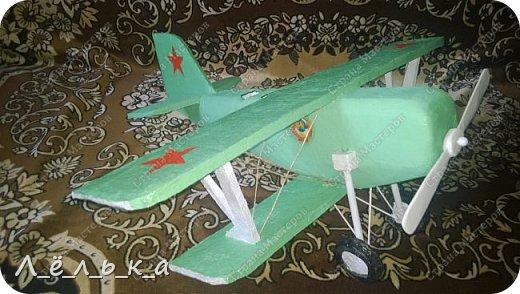 """Всех приветствую. Для своих деток и """"луну с неба"""" и самолет и пенопласта ))))). Модель самолета ко дню гражданской авиации в детский сад. Было задание сделать большую модель (50 см х 50 см) самолета 20-х годов. фото 1"""