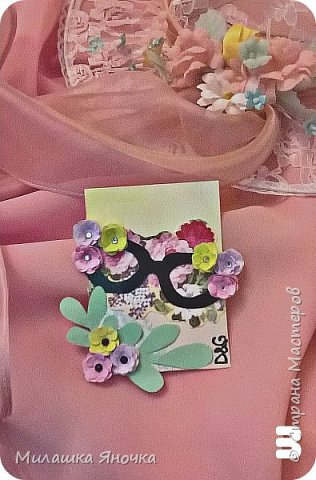 Здравствуйте. Создалась еще давно нежная весенняя серия. Все цветочки сделаны вручную, вплоть до покраски бумаги для них. Фон тоже акварельный. Меняюсь по России. Приятного просмотра) фото 4