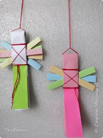 Сейчас я учусь на курсах- Кукольный хоровод http://stranamasterov.ru/workshop18 . Там мы делаем разных куколок-лично я уже 10 штук сделала;) Одна из кукол - Филипповка. Ох и полезная, я вам скажу, куколка! Помощница, да многорукая_ короче, вЕщь! Пока ее делала, придумала вот такую, совсем простую игрушку- офисную подружку. фото 1