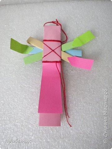 Сейчас я учусь на курсах- Кукольный хоровод http://stranamasterov.ru/workshop18 . Там мы делаем разных куколок-лично я уже 10 штук сделала;) Одна из кукол - Филипповка. Ох и полезная, я вам скажу, куколка! Помощница, да многорукая_ короче, вЕщь! Пока ее делала, придумала вот такую, совсем простую игрушку- офисную подружку. фото 11
