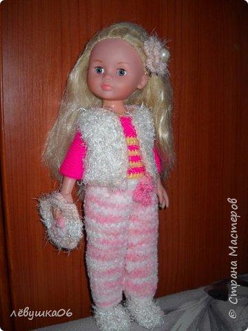 Добрый вечер жители СМ. сегодня парад кукольной моды.  когда-то обвязывала куколку в дет сад старшему сыну  http://stranamasterov.ru/node/392931  , сейчас пришло время тоже самое сделать для младшенького....в первую очередь пошли остатки пряжи... для каждой куклы создался зимний и летний комплекты.... фото 6