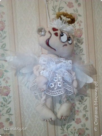 Ангелочек-подвесочка. Сшита по мк Л.Набиуллиной. люблю ее игрушки. Такие они милые получаются,душевные.