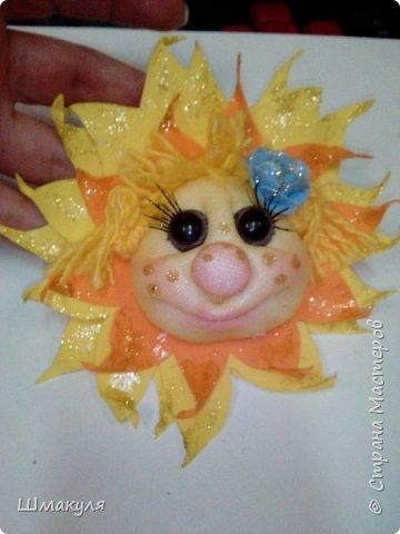Сдела на заказ подвевесочку. Вообще это солнышко было сделано по мк Е.Ауловой солнышко магнит на холодильник. Солнышко было спящее на облачке. фото 1