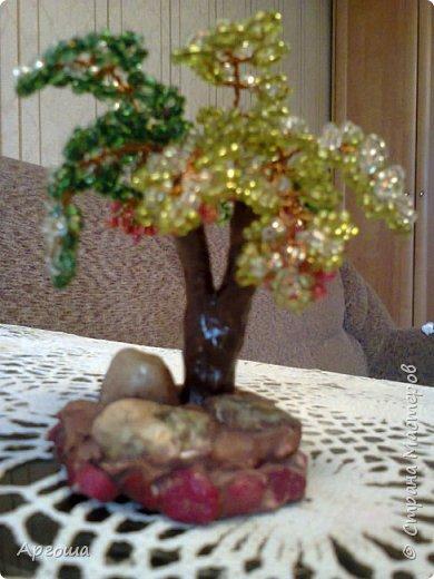 Куст Белоягоды. Материал: бисер, бусины, камень.   фото 6