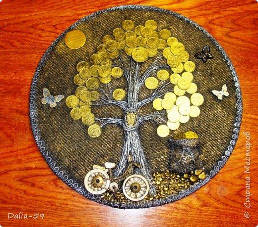 Здравствуйте,жители страны!Сделала на подарки такие денежные деревья.В стране много подобных деревьев.Здесь МК Марины.(http://stranamasterov.ru/node/578436?c=favorite)Марина,спасибо. фото 5