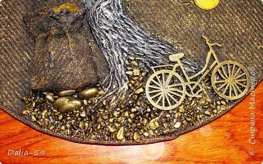 Здравствуйте,жители страны!Сделала на подарки такие денежные деревья.В стране много подобных деревьев.Здесь МК Марины.(http://stranamasterov.ru/node/578436?c=favorite)Марина,спасибо. фото 3