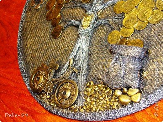 Здравствуйте,жители страны!Сделала на подарки такие денежные деревья.В стране много подобных деревьев.Здесь МК Марины.(http://stranamasterov.ru/node/578436?c=favorite)Марина,спасибо. фото 7