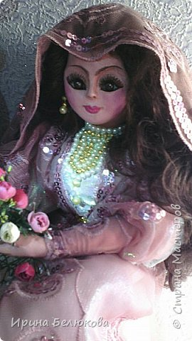 Интерьерная кукла. Лицо и ручки до половины изготовлены из полимерной глины. Тело набивное. На проволочном каркасе. Кукла  может принимать различные позы.  фото 2
