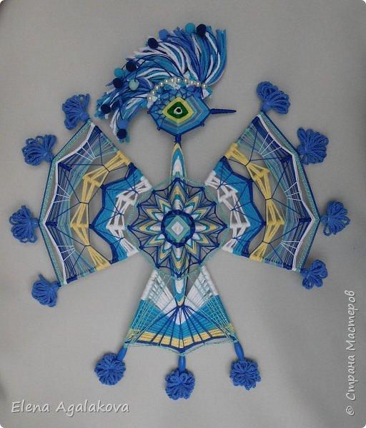 Еще одна мандала сплелась, сотворилась. Синяя птица - Талисман Счастья и Сбывшихся Надежд. Сплела для своего дома, чтобы все задуманное осуществлялось.  'Птица счастья завтрашнего дня  Прилетела, крыльями звеня.  Выбери меня, выбери меня,  Птица счастья завтрашнего дня.'  фото 1