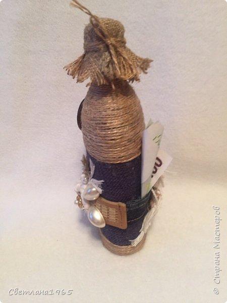 Приветствую всех!Ткань Мадагаскар,белые цветочки ,кисточки из шарфика,(доча отдала),остальное шпагат и украшения фото 2