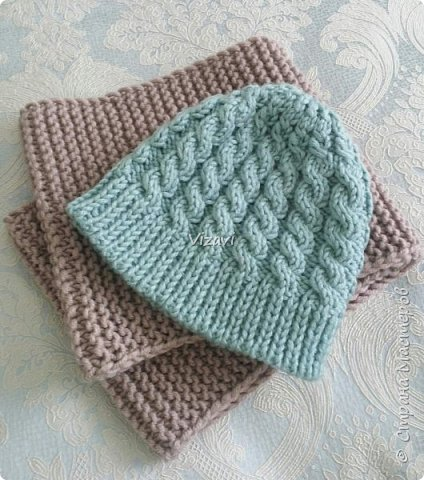 Вот такие шапочки навязала за последний месяц.  Эта шапочка и снуд связаны из пряжи Ализе суперлана макси.  фото 1