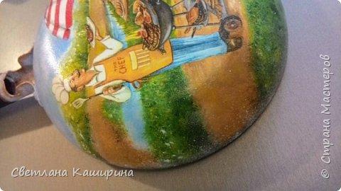 Здравствуйте, дорогие мастерицы! И снова я с очередной сковородой)))  Очень нравится мне украшать этот предмет) фото 3