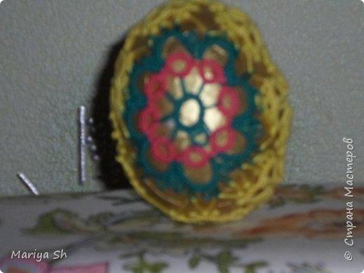 Здесь представлены несколько пасхальных яиц, украшенных техникой фриволите. фото 5
