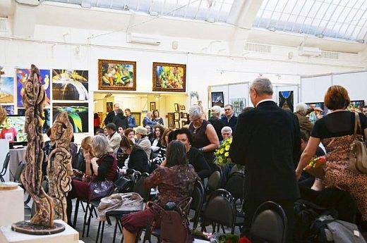 21 марта 2017 года состоялось открытие международной выставки-конкурса Russian Art Week в Московском Доме Художника на Кузнецком мосту! фото 66