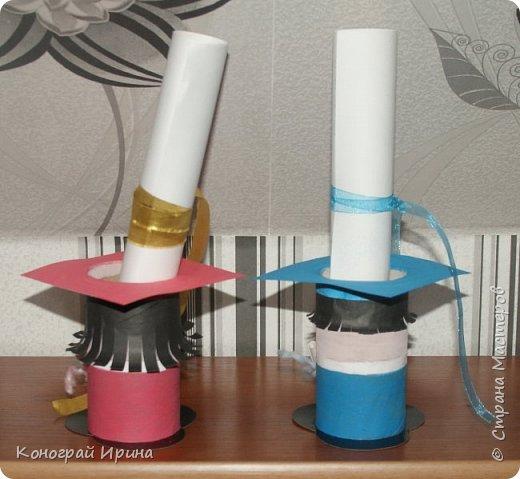 Вот такие забавные подставочки-сувениры можно сделать из картонных трубочек. фото 4