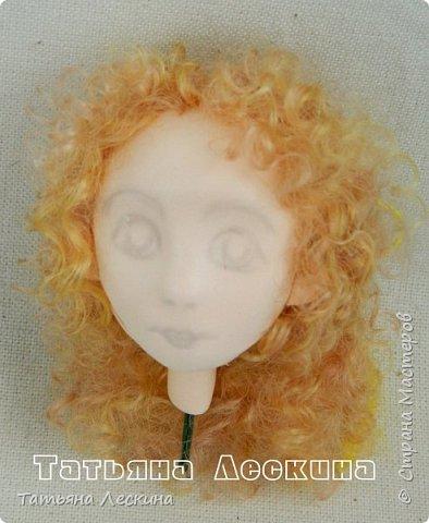 Всем, заглянувшим ко мне на страничку- доброго времени суток! Появилась у меня недавно такая нежная куколка- Ангелочек. У неё, как у всякого Ангелочка, есть крылья, в ручках- свеча.  фото 3