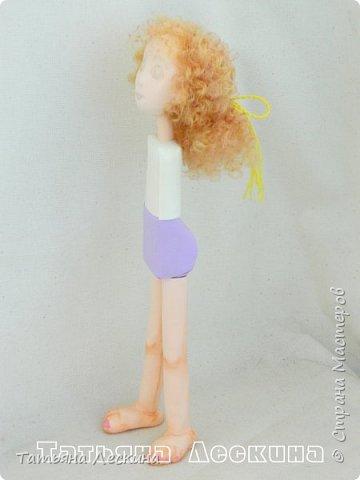 Всем, заглянувшим ко мне на страничку- доброго времени суток! Появилась у меня недавно такая нежная куколка- Ангелочек. У неё, как у всякого Ангелочка, есть крылья, в ручках- свеча.  фото 5