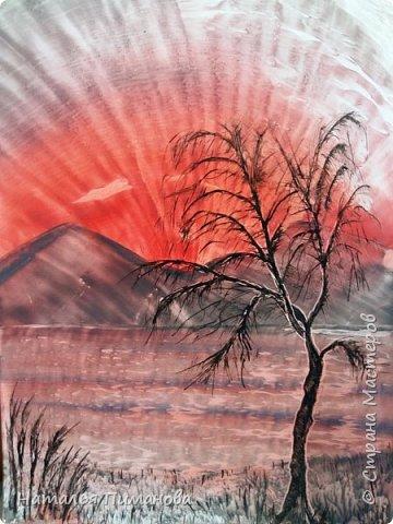 Здравствуйте,  дорогие жители СМ. Создалась серия картин с удивительными деревьями. Вдохновение получила, увидев яркие картины Энн Мари Боун из Великобритании. Она рисует красками, а у меня эти, чарующие деревья, выросли из под утюга с воском. фото 5
