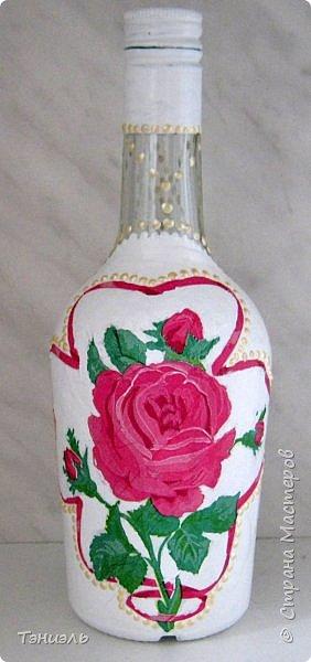 Здравствуй, страна дорогая!Белые бутылки нарасхват, не всем хватило. Маленькие, так вообще с руками отрывают. фото 9
