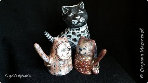 Всем Привет!Когда то случайно я изобрела таких котов неразлучников,двусторонних.Конечно может их изобрели и до меня но я нигде таких не встречала,поэтому могу сказать ,что это мой велосипед. фото 15