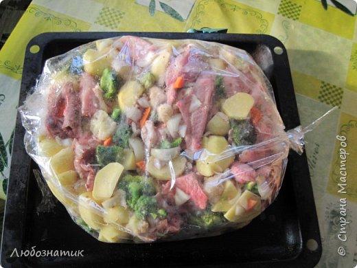 Добрый день уважаемые жители СМ! Сегодня хочу вам рассказать как я запекаю мясо и картошку в рукаве.  фото 12