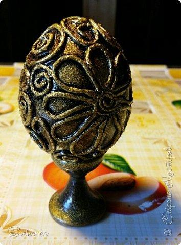 Впервые попробовала технику пейп-арт Татьяны Сорокиной http://stranamasterov.ru/user/151613 Декорировала яйца к Пасхе. Это яйцо было куплено в фикспрайсе, оно открывается и превращается в шкатулку)  фото 7