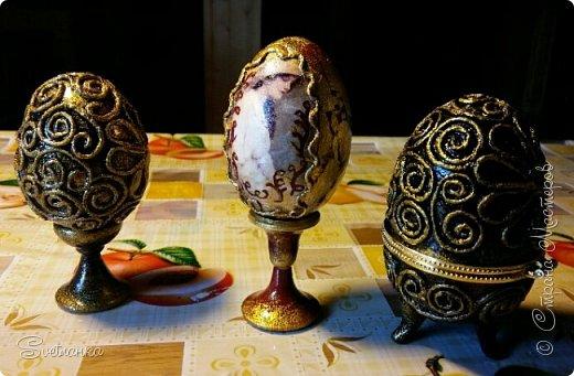 Впервые попробовала технику пейп-арт Татьяны Сорокиной http://stranamasterov.ru/user/151613 Декорировала яйца к Пасхе. Это яйцо было куплено в фикспрайсе, оно открывается и превращается в шкатулку)  фото 11