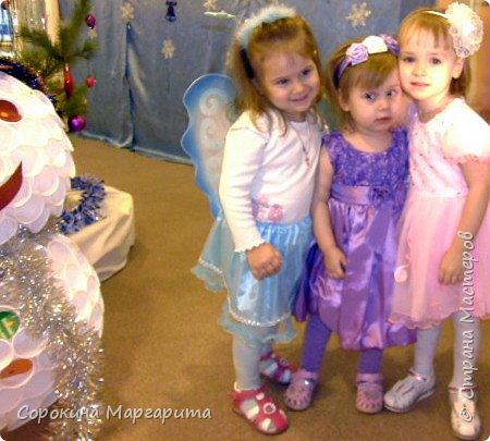 """В детской была просто стена ... Пофантазировала на тему """"Сказочный замок и принцессы"""" ...Закончили рисовать к Новому году, в декабре...а начиналось в сентябре))) фото 3"""