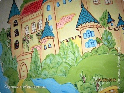 """В детской была просто стена ... Пофантазировала на тему """"Сказочный замок и принцессы"""" ...Закончили рисовать к Новому году, в декабре...а начиналось в сентябре))) фото 5"""