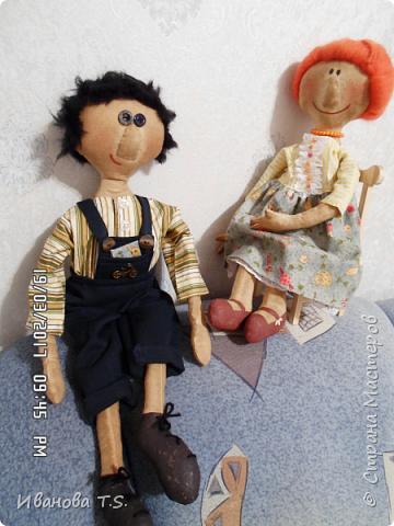 На чердаке, в старом сундуке, позабытые всеми, лежали две куклы... фото 12