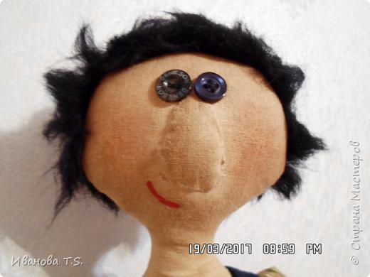 На чердаке, в старом сундуке, позабытые всеми, лежали две куклы... фото 8