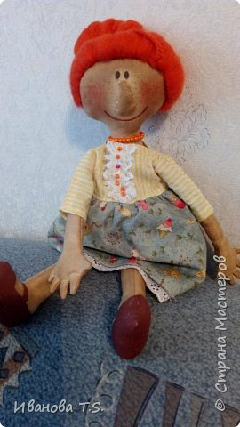 На чердаке, в старом сундуке, позабытые всеми, лежали две куклы... фото 3
