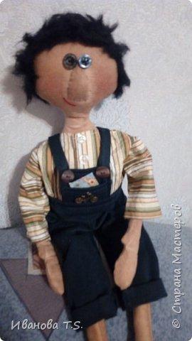 На чердаке, в старом сундуке, позабытые всеми, лежали две куклы... фото 4
