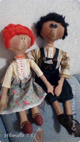 На чердаке, в старом сундуке, позабытые всеми, лежали две куклы... фото 6