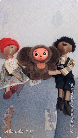 На чердаке, в старом сундуке, позабытые всеми, лежали две куклы... фото 9
