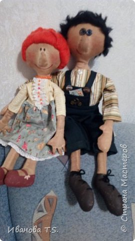 На чердаке, в старом сундуке, позабытые всеми, лежали две куклы... фото 11
