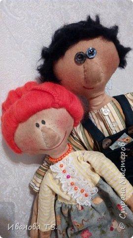 На чердаке, в старом сундуке, позабытые всеми, лежали две куклы... фото 1